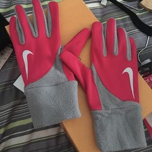 Nike Winter Running Gloves